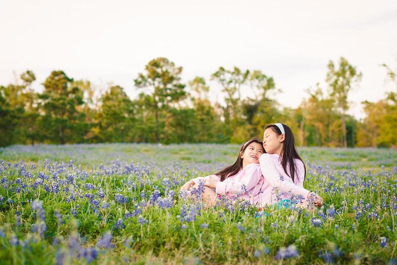 blue-bonnet-family-portrait-440-Edit.jpg