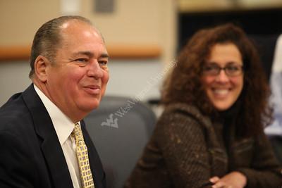 28076 WV Governor Tomblin January 2012