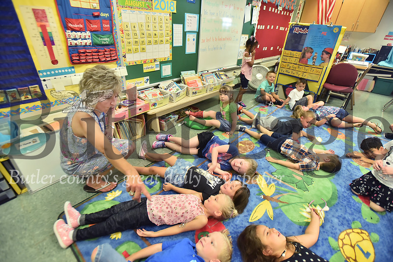 33843 First Day of School at Emily Brittian Elementary School in Butler