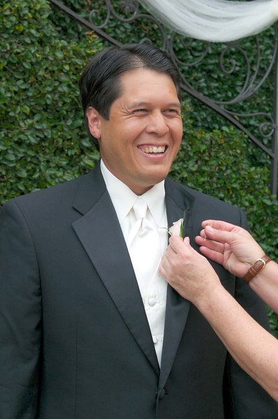 Kevin getting his boutonniere