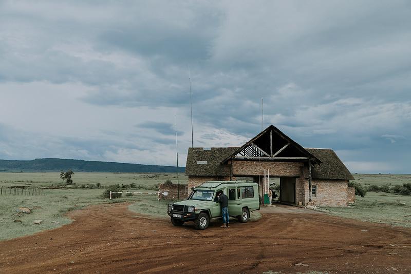Tu-Nguyen-Destination-Wedding-Photographer-Kenya-Masai-Mara-Elopement-Doris-Sam-154.jpg