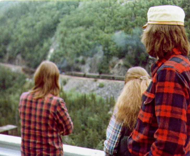 Connie, Terry, Dave, White Pass, 8-81.jpg