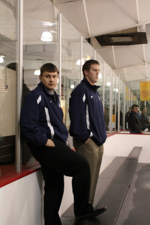 HHS Varsity vs Midview (RR Tournament) 11-28-2009