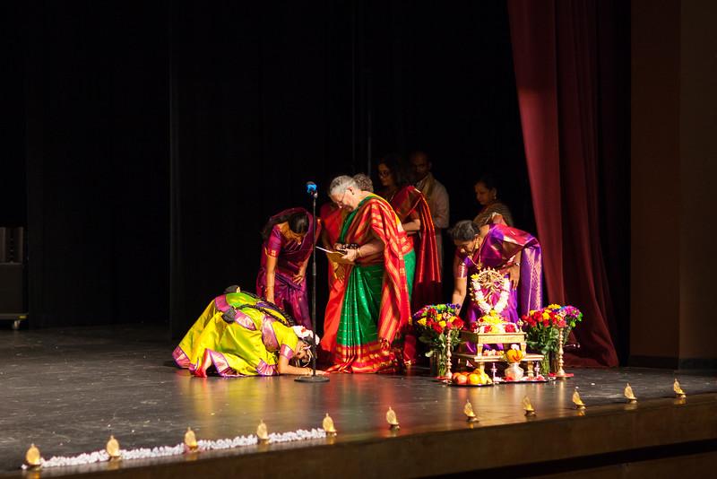 PriyaShreyaDance-0118.jpg