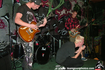 Bad Reaction - Broken Needle - FDM - DLA - Timebombs - at The Clinic - Santa Ana, CA - November 3, 2007