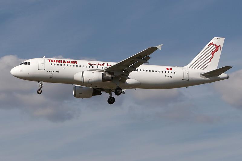 SkyMover_LHR18092007_TunisAir_TS-IMD.jpg