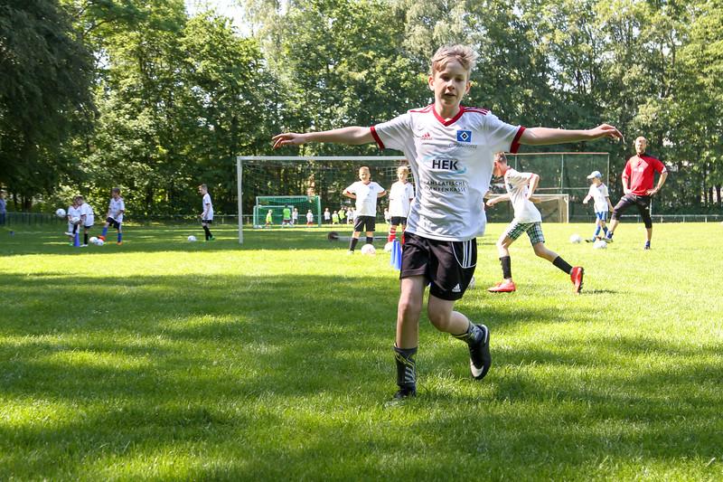 hsv_fussballschule-302_48047994763_o.jpg