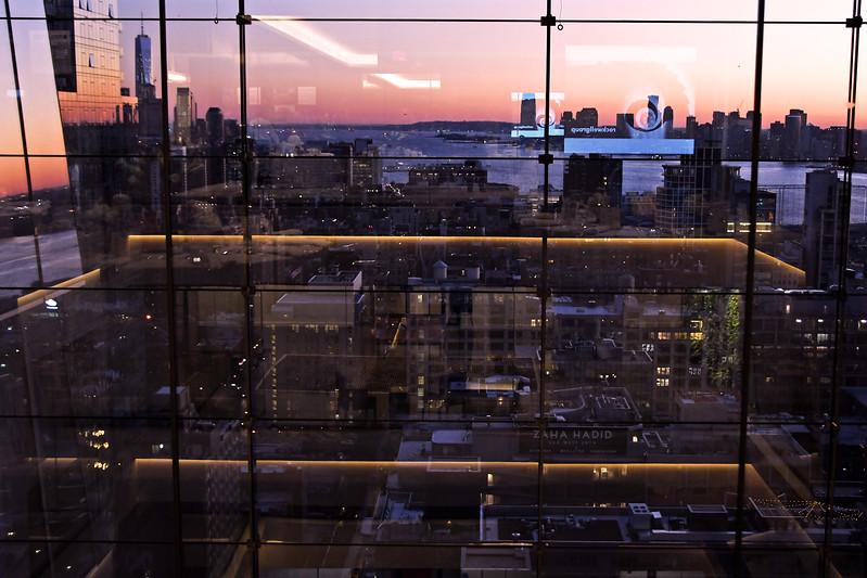 NYC Atmosphere AVENUE MAGAZINE Presents the SALON DINNER & CONVERSATION with Architect and Designer DAVID ROCKWELL  10 Hudson Yards NYC, USA - 2017.10.17 Credit: Lukas Maverick Greyson
