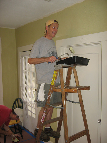 Painting Curates House May 9, 2009 014.JPG