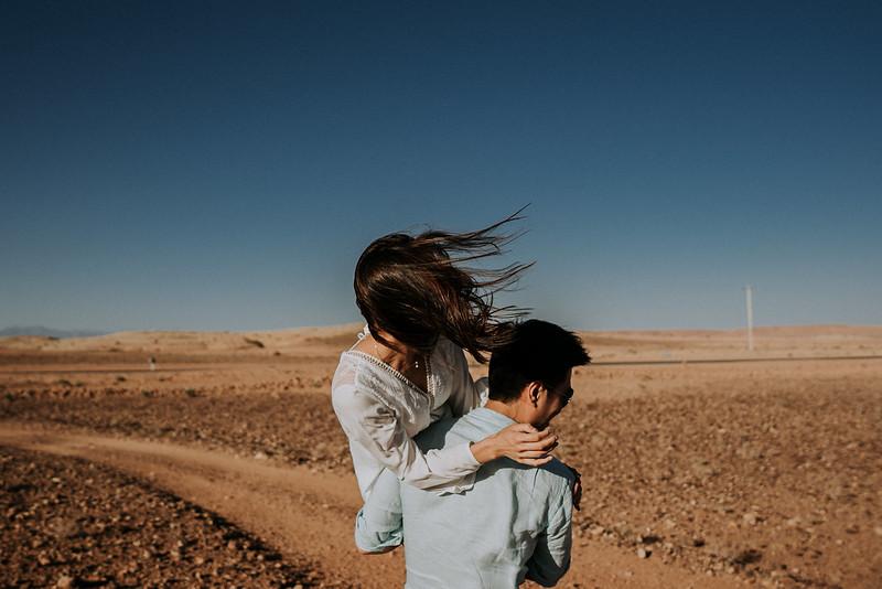 Tu-Nguyen-Destination-Wedding-Photographer-Morocco-Videographer-Sahara-Elopement-138-10.jpg