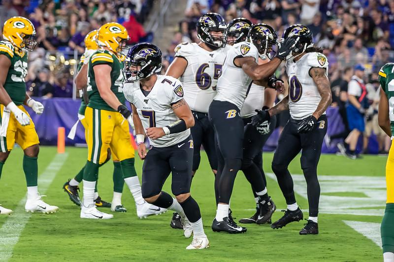 JS Football Ravens Packers 4758.jpg