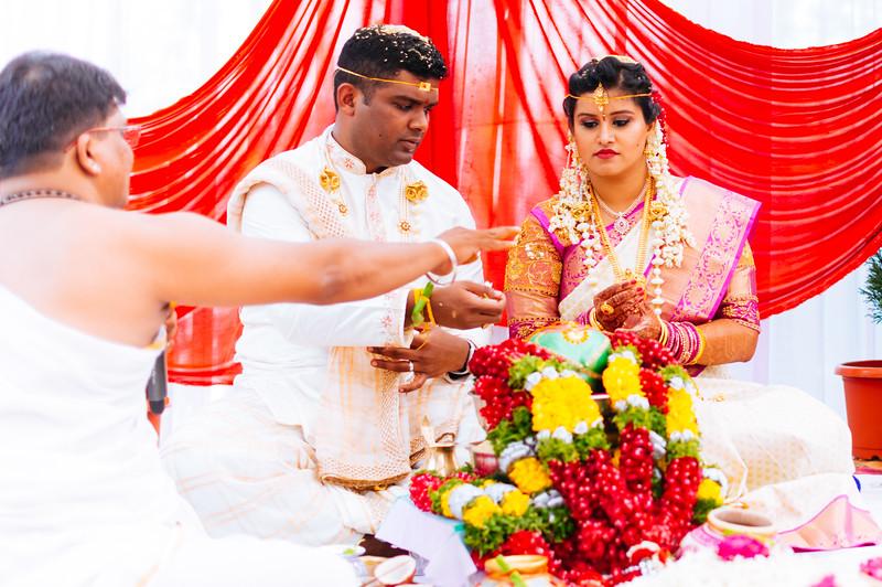 Yashodhar-Carolyn-212.jpg