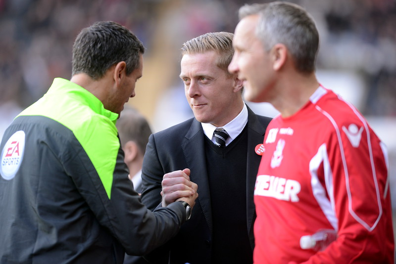 SPORT..... SWANS V CRYSTAL PALACE SATURDAY  29th  NOVEMBER 2014 Action from Swansea City v Crystal Palace at the Liberty Stadium. Garry Monk ahead of kick-off.