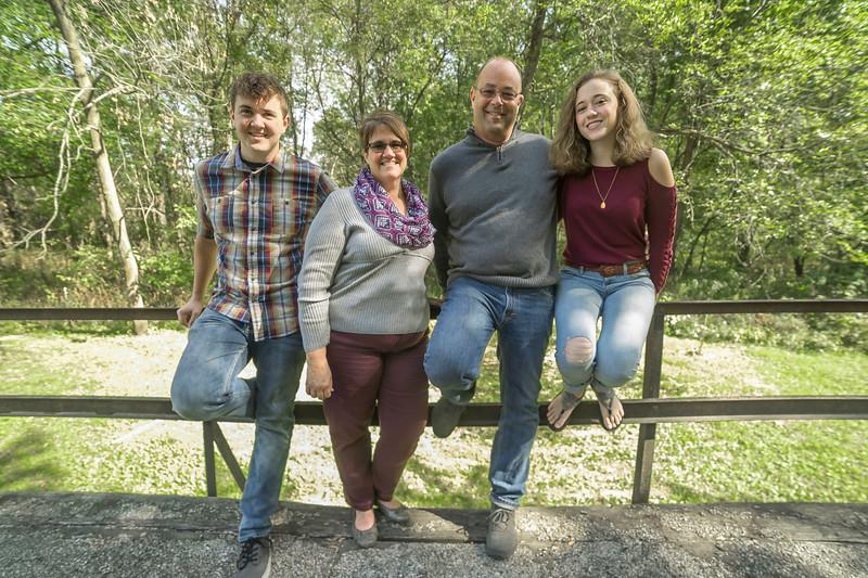 Jacob Senior and Family  (009).jpg