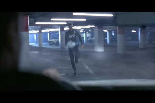 Terminator2_ParkingLotAndResidential_01-04-00.avi