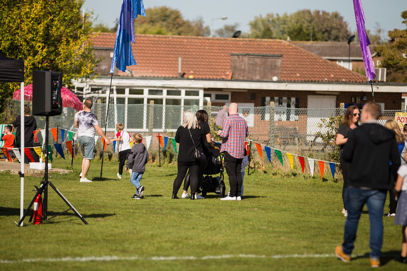bensavellphotography_lloyds_clinical_homecare_family_fun_day_event_photography (182 of 405).jpg