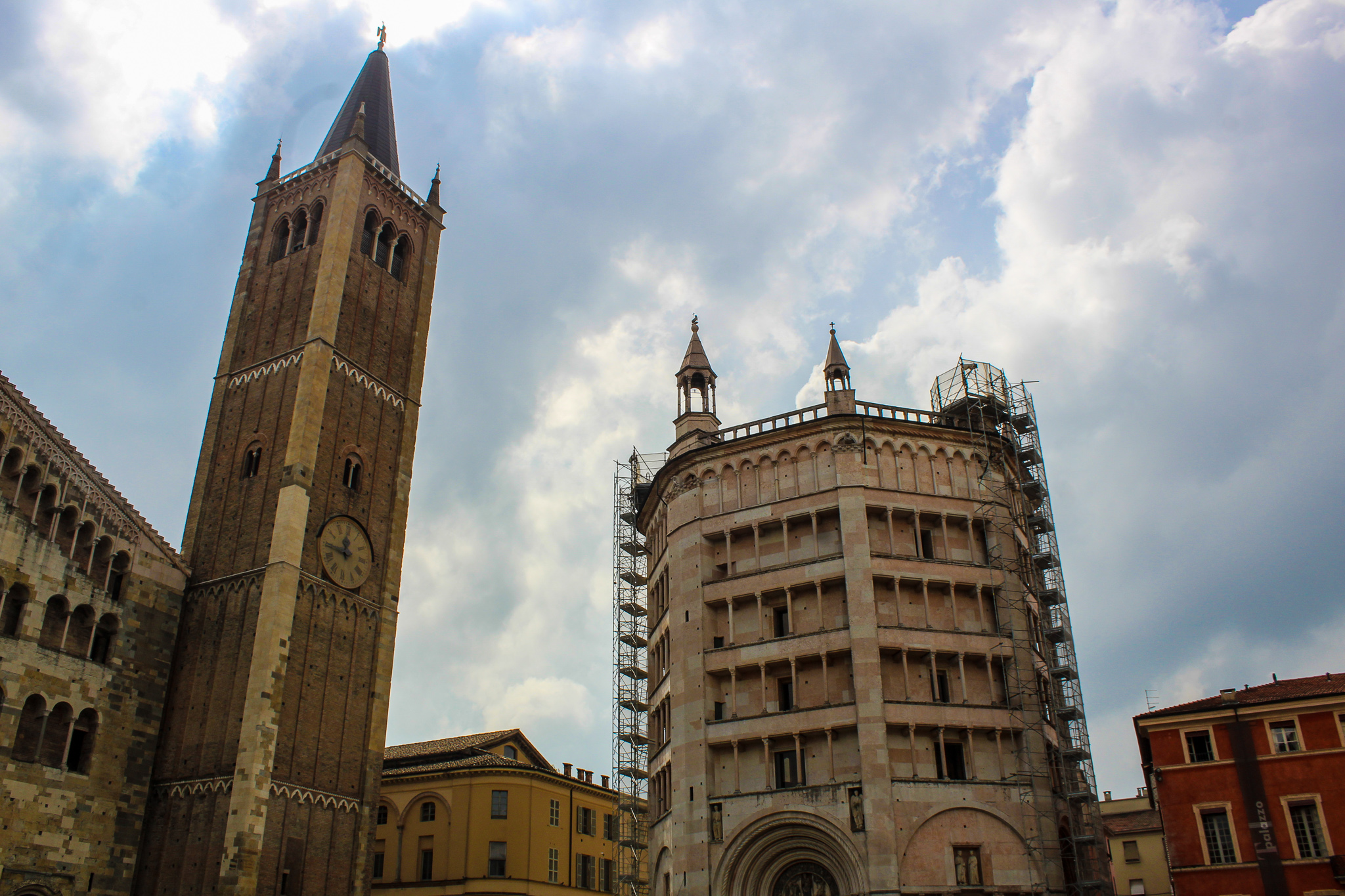 solo travel 30s: off the beaten path in parma
