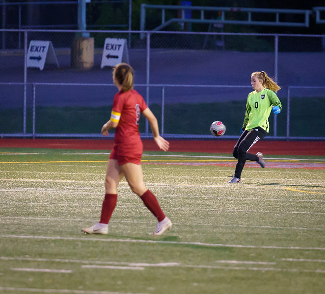 2019-10-01 Varsity Girls vs Snohomish 015.jpg