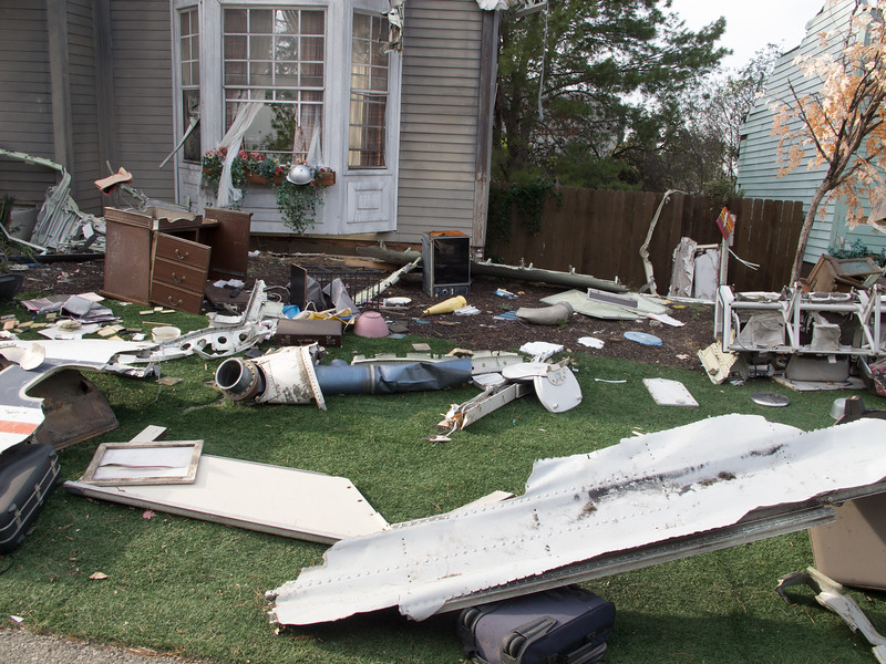 geez. some people just don't bother keeping their lawn clear of wrecked airplanes