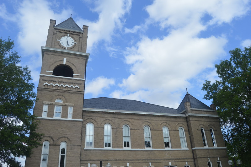073 Tallahatchie County Courthouse.JPG