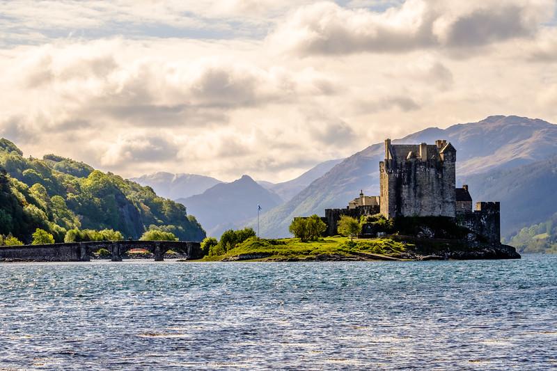 20190507 Castle Eilean Donan 002-HDR.jpg