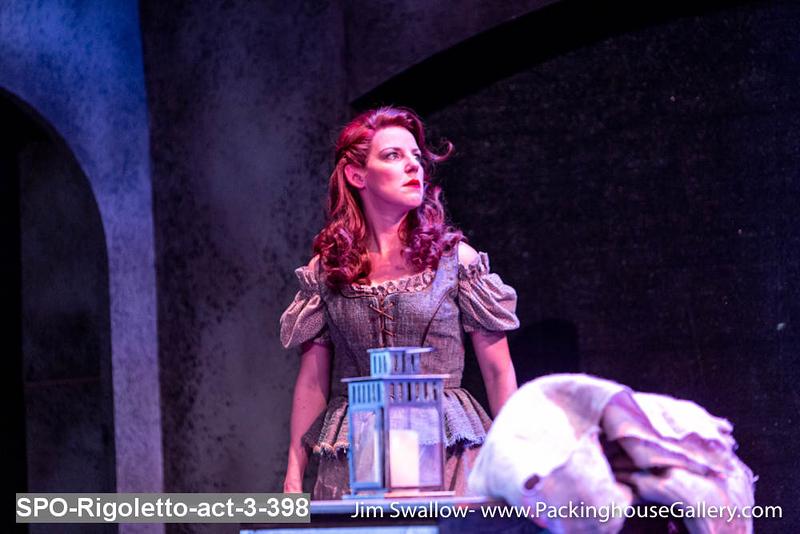 SPO-Rigoletto-act-3-398.jpg