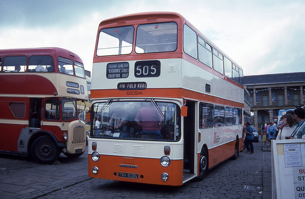 Halifax Heart of the Pennines Bus Rally  7th May 1995