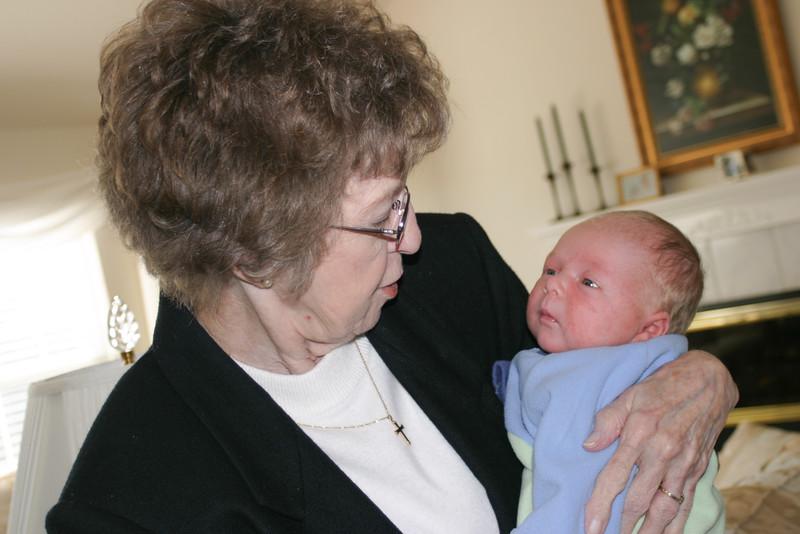 2003-11-27 Grandma and I think Peter 1 .JPG