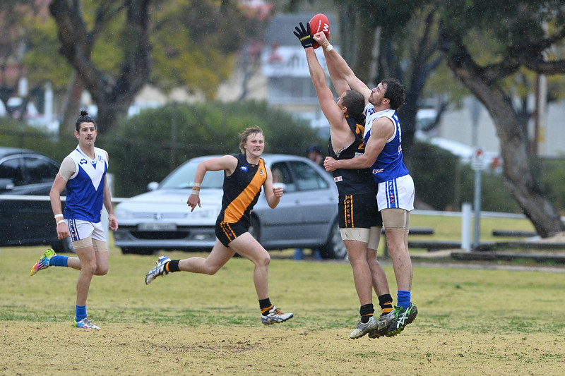 """A""  Loxton v Renmark (Round 15)"