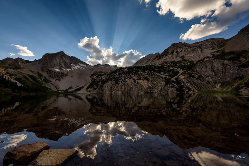 Snowmass Lake Sunbeams.jpg