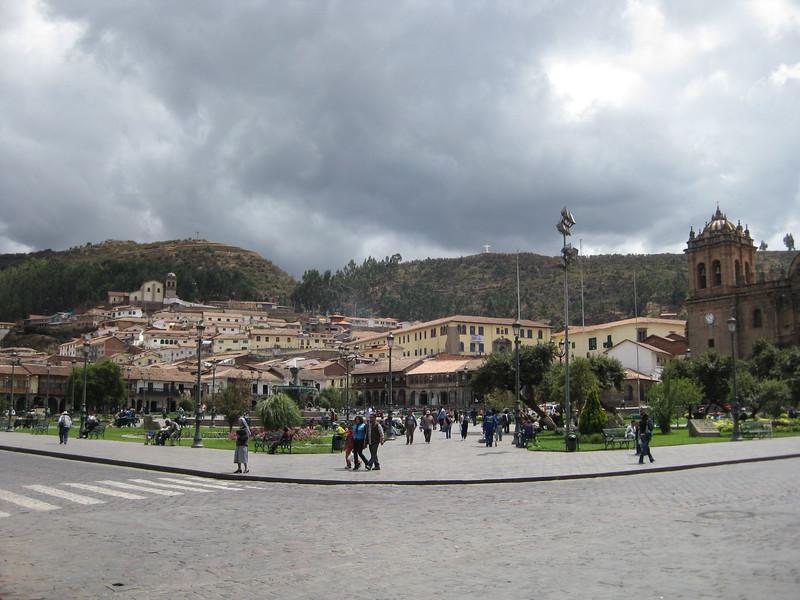 2049 - Plaza de Armas.jpg