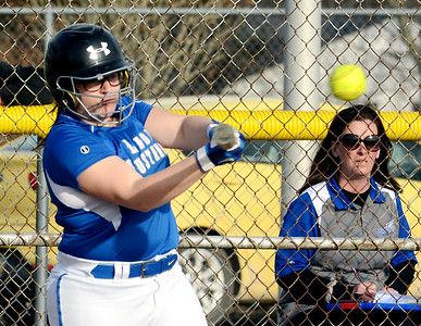 Maplewood at Grand Valley softball April 8, 2019