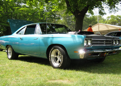 Mopar by the lake