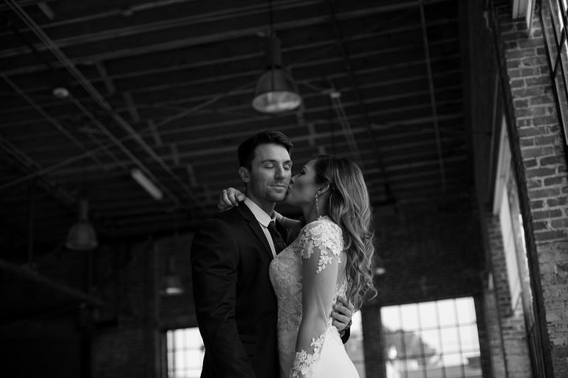 Kate&Josh_B&W_ZACH.WATHEN.PHOTOGRAPHER-303.jpg