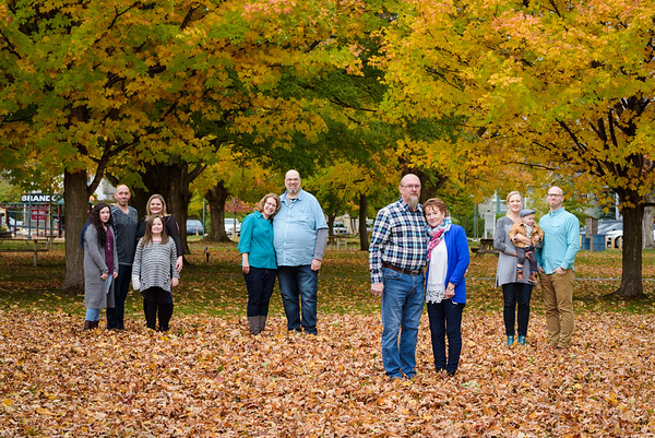 Stright Family Portraits 2018