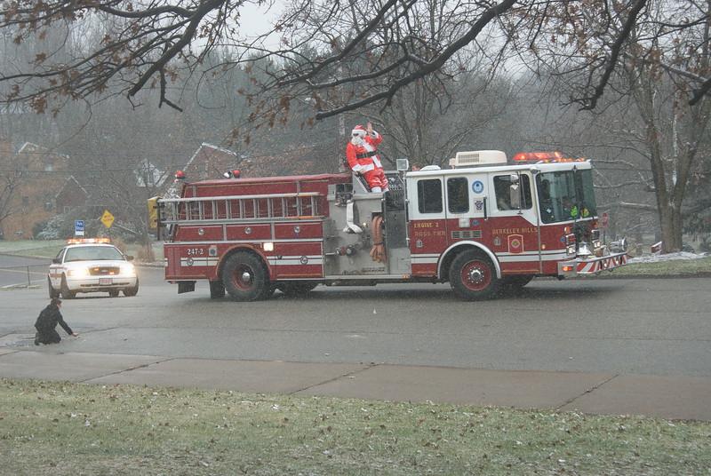 2011-12-18-Christmas-Pageant_080.jpg