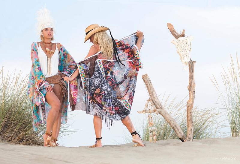 ESPIGUETTE : Look boheme / hippie chic plage
