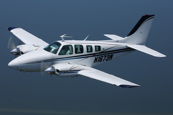 "1978 Beechcraft 58 ""Baron"", Ocracoke, 30Jun18"
