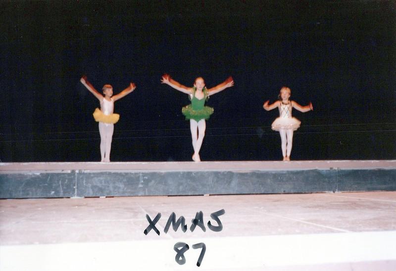 Dance_2081_a.jpg