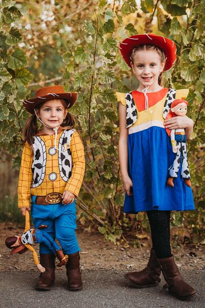 Madi and Abby Halloween 2019-9287.jpg
