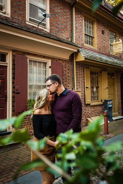 MICHELLE AND NICK - OLD CITY ENGAGEMENT SESSION - 24.jpg