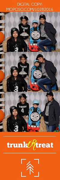 20161028_Tacoma_Photobooth_Moposobooth_LifeCenter_TrunkorTreat1-65.jpg