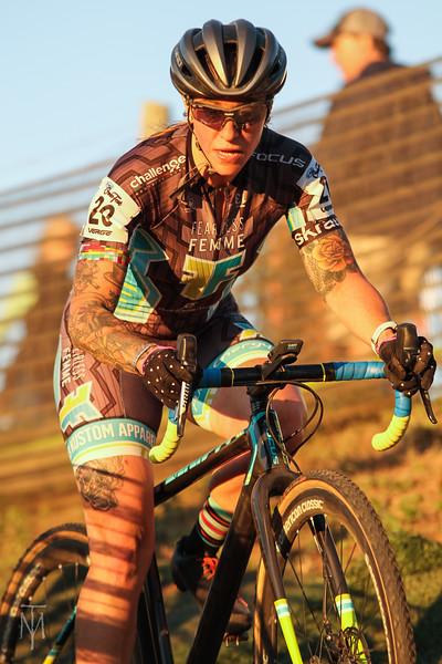 cyclocross_kmc_170929_0237-LR.jpg