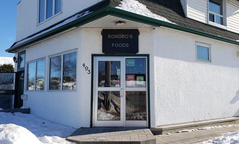 Thunder-Bay-Bonobo-Vegetarian-Restaurant-01.jpg