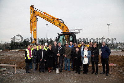 Mayor Mickey Ruane is pictured with Concillors, Contractors representatives of SAOR and members of Culloville GAC who will receive a new clubhouse on the site of their current Football pitch. R1403009