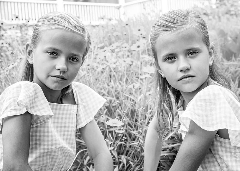 Twins (1 of 1)-4.jpg