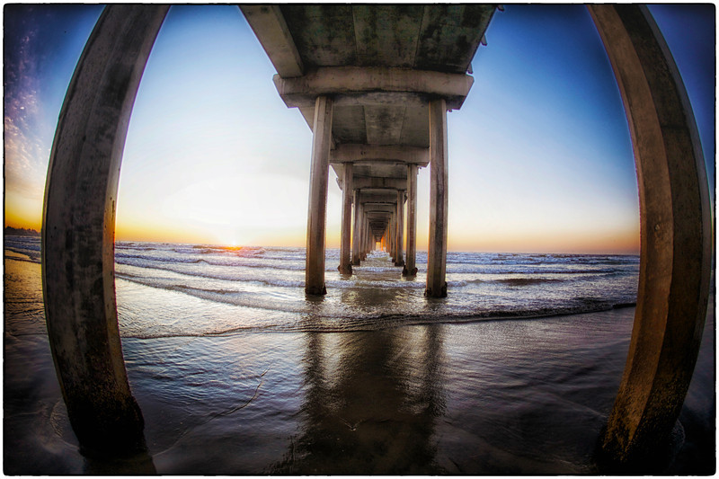 Scripps Pier, one of my favorite places to photograph in La Jolla