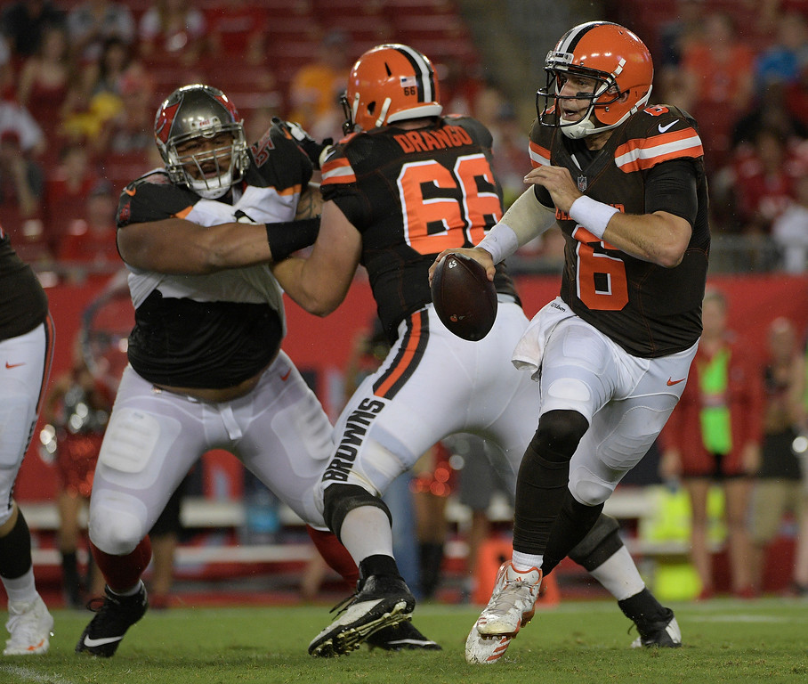 . Cleveland Browns quarterback Cody Kessler (6) scrambles against the Tampa Bay Buccaneers during the third quarter of an NFL preseason football game Saturday, Aug. 26, 2017, in Tampa, Fla. (AP Photo/Phelan Ebenhack)