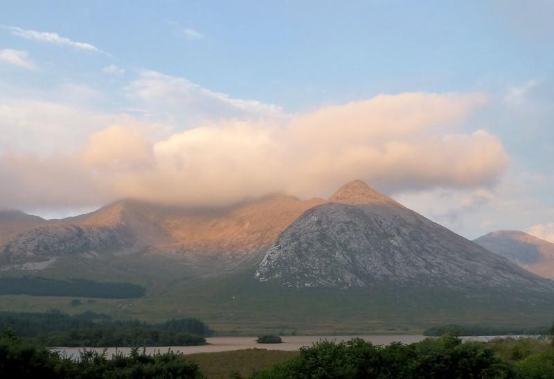 Lough Inagh_dusk2.jpg
