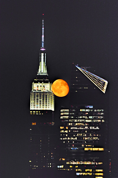 NYC Waning Gibbons Moonrise